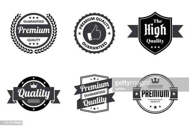 """illustrazioni stock, clip art, cartoni animati e icone di tendenza di set di badge ed etichette nere """"di qualità"""" - elementi di design - qualità"""