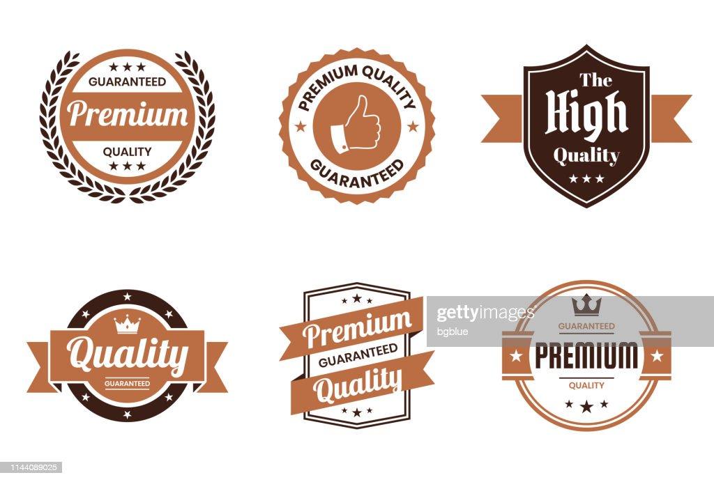 「品質」茶色のバッジとラベルのセット-デザイン要素 : ストックイラストレーション