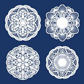 Set of round patterns. Lacy napkin