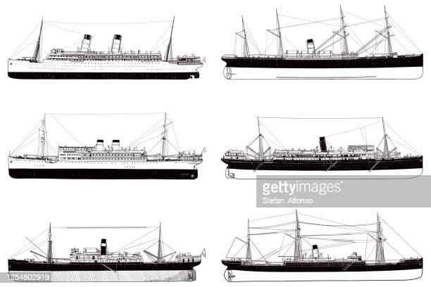 古いオーシャンライナーの6枚の図面のセット - 遠洋定期船点のイラスト素材/クリップアート素材/マンガ素材/アイコン素材