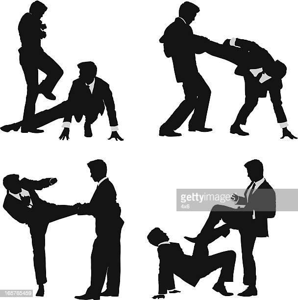 Silueta masculina en trajes de lucha