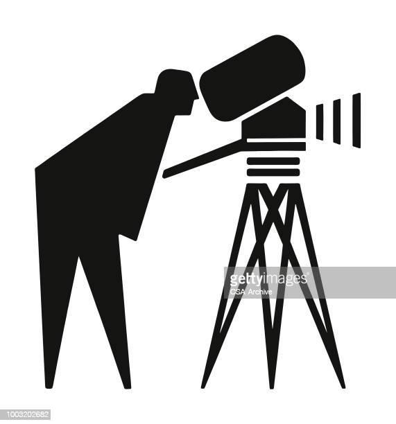 illustrations, cliparts, dessins animés et icônes de silhouette d'un caméraman - réalisateur