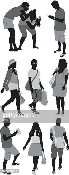 ilustraciones, imágenes clip art, dibujos animados e iconos de stock de silueta de personas - encuadre de cuerpo entero