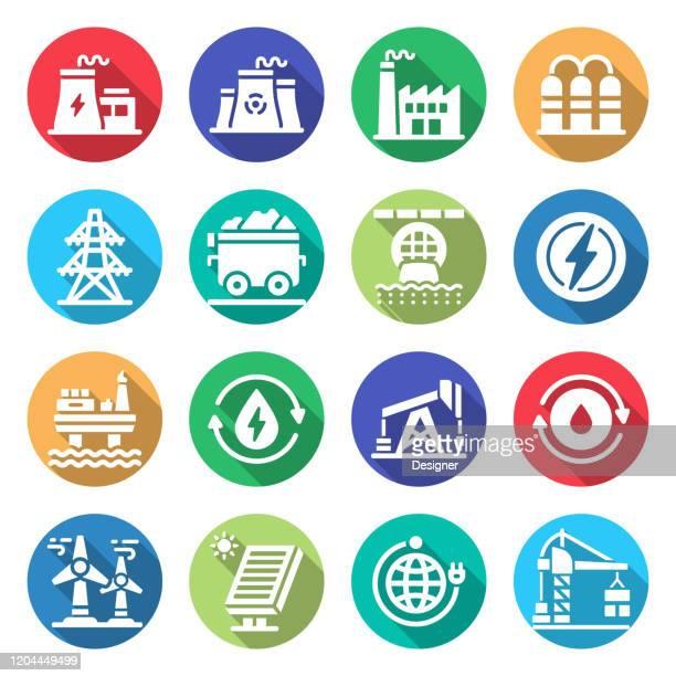 ilustrações, clipart, desenhos animados e ícones de conjunto simples de ícones vetoriais pesados e relacionados à indústria de energia. coleção de símbolos - fábrica petroquímica