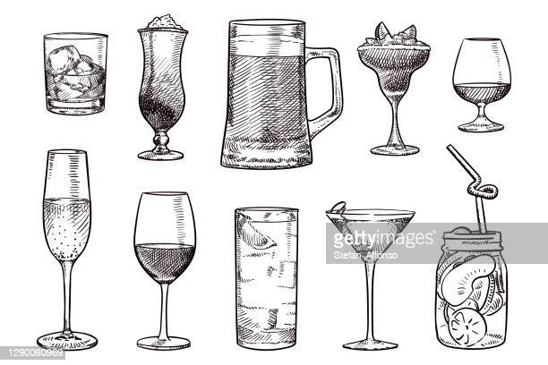 bildbanksillustrationer, clip art samt tecknat material och ikoner med enkla skisser av olika drycker - cocktail