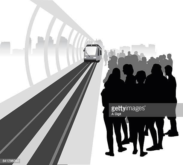 Skytrain Platfrom Crowd