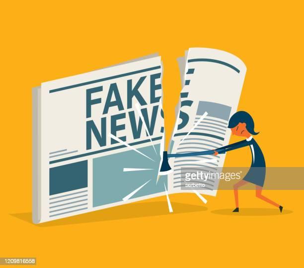 ilustrações, clipart, desenhos animados e ícones de slice - empresária - fake news