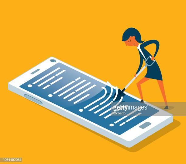 Smartphone met schoonmaken - zakenvrouw