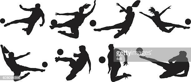 ilustraciones, imágenes clip art, dibujos animados e iconos de stock de soccer players kicking the ball - atleta papel social