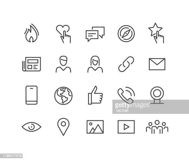 ソーシャルメディアとインターネットアイコン - クラシックラインシリーズ - メディア機材点のイラスト素材/クリップアート素材/マンガ素材/アイコン素材