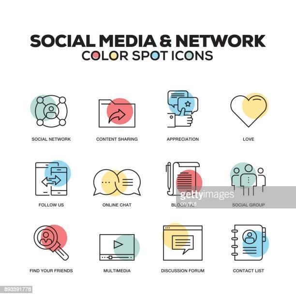 Icônes de médias sociaux et le réseau. Jeu des icônes vectorielles en ligne. De qualité supérieure. Symboles du plan moderne et pictogrammes.
