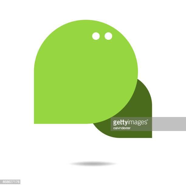 social media und online-messaging-abbildung - sprechblase für internetchat stock-grafiken, -clipart, -cartoons und -symbole