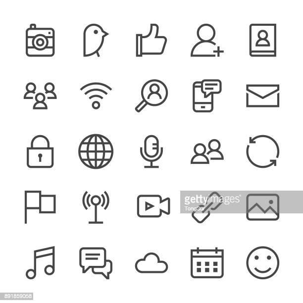 ilustrações, clipart, desenhos animados e ícones de ícones de mídia social - linha mediumx - tecnologia sem fio