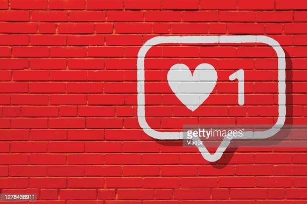 レンガの壁壁画赤い背景のようなソーシャルメディアの通知 - 通知アイコン点のイラスト素材/クリップアート素材/マンガ素材/アイコン素材