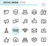 Social Media - Pixel Perfect icons