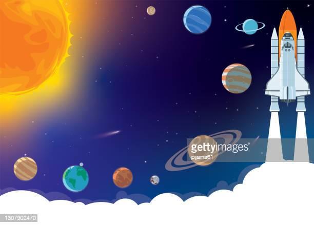 ilustrações, clipart, desenhos animados e ícones de fundo horizontal espacial com foguete, planetas, cosmonauta e espaço de cópia para o seu texto em estilo desenho animado. banner conceitual com o sistema solar para o seu design. - copy space