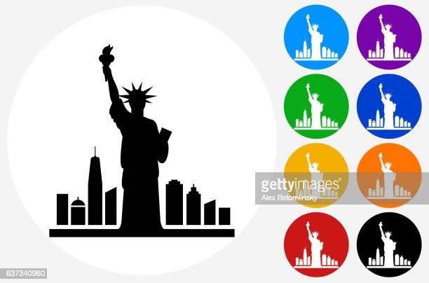 ilustraciones, imágenes clip art, dibujos animados e iconos de stock de statue of liberty icon on flat color circle buttons - estatua de la libertad