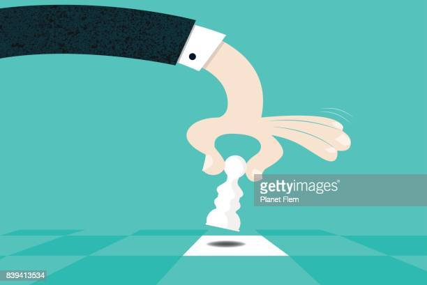 ilustraciones, imágenes clip art, dibujos animados e iconos de stock de movimiento estratégico - tablero de ajedrez