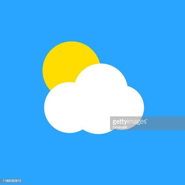 ilustraciones, imágenes clip art, dibujos animados e iconos de stock de sol detrás de una nube sobre fondo azul - clip art