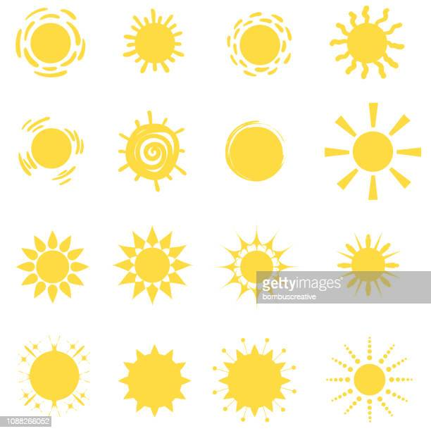 sonnen-symbol vektor-set - sunlight stock-grafiken, -clipart, -cartoons und -symbole