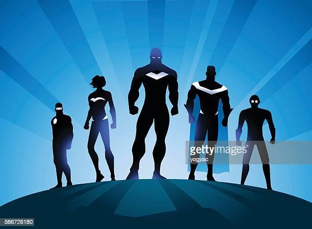 illustrazioni stock, clip art, cartoni animati e icone di tendenza di illustrazione silhouette team supereroi - rivolto verso l'obiettivo