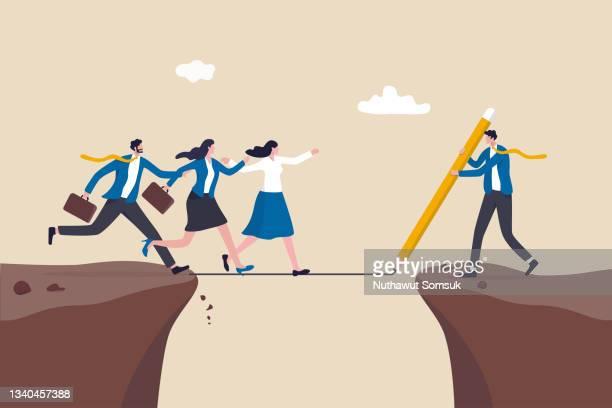 support help employee to progress achieve