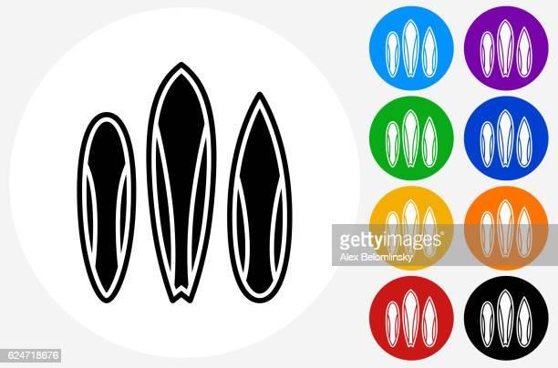 ilustraciones, imágenes clip art, dibujos animados e iconos de stock de surfboards icon on flat color circle buttons - tabla de surf
