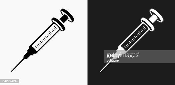 illustrations, cliparts, dessins animés et icônes de icône de la seringue sur noir et blanc vector backgrounds - seringue
