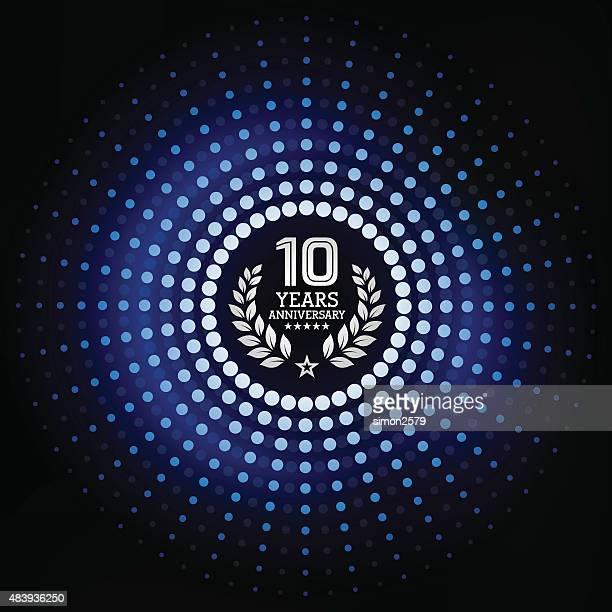 10 年周年を記念して、青色背景