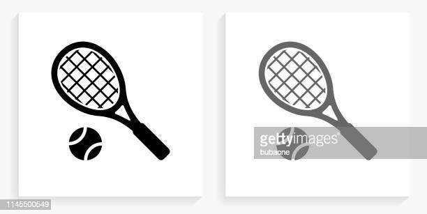 ilustraciones, imágenes clip art, dibujos animados e iconos de stock de icono de la plaza de tenis blanco y negro - raqueta de tenis