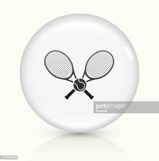 ilustraciones, imágenes clip art, dibujos animados e iconos de stock de tenis icono sobre blanco, vector de redondo botón - raqueta de tenis