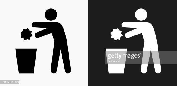 ilustraciones, imágenes clip art, dibujos animados e iconos de stock de tirar basura icono en blanco y negro vector fondos - tirar basura