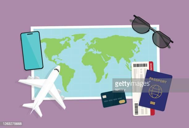 観光客は休暇で旅行を計画します - 乗り物に乗って点のイラスト素材/クリップアート素材/マンガ素材/アイコン素材
