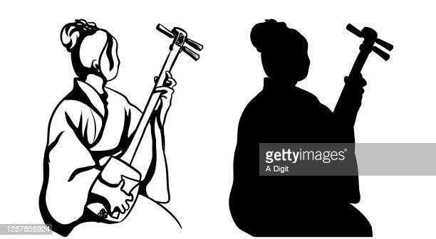 illustrazioni stock, clip art, cartoni animati e icone di tendenza di traditional japanese shamisen silhouette - vangen