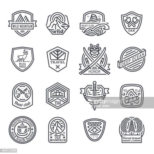 ilustraciones, imágenes clip art, dibujos animados e iconos de stock de logo de viajes, camping y hipster - hípster urbano
