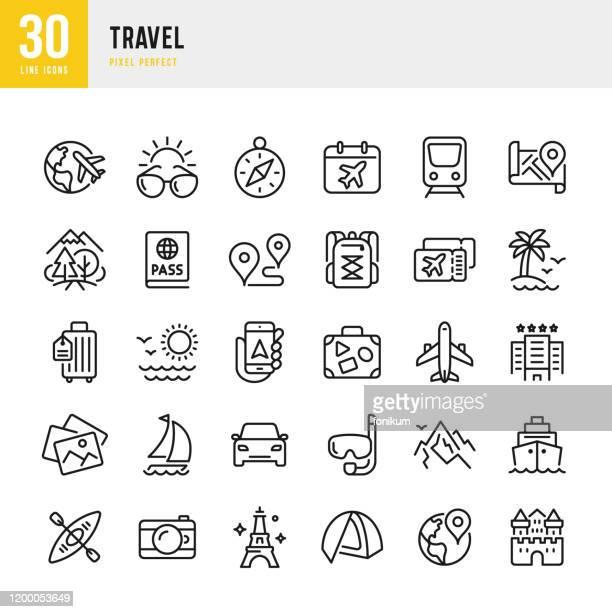 reisen - dünnlinien-vektor-symbol gesetzt. pixel perfekt. das set enthält symbole: tourismus, reisen, flugzeug, strand, berge, navigationskompass, palme, yacht, reisepass, tauchen, kreuzfahrtschiff, kajakfahren, wandern. - urlaub stock-grafiken, -clipart, -cartoons und -symbole