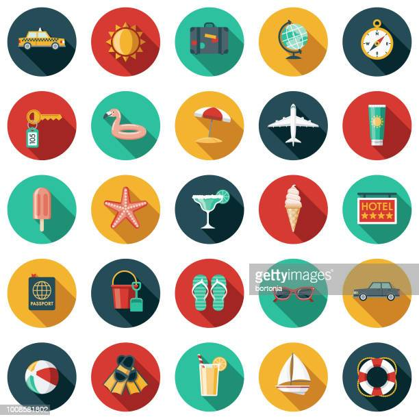 illustrazioni stock, clip art, cartoni animati e icone di tendenza di travel & vacation flat design icon set - gruppo di oggetti