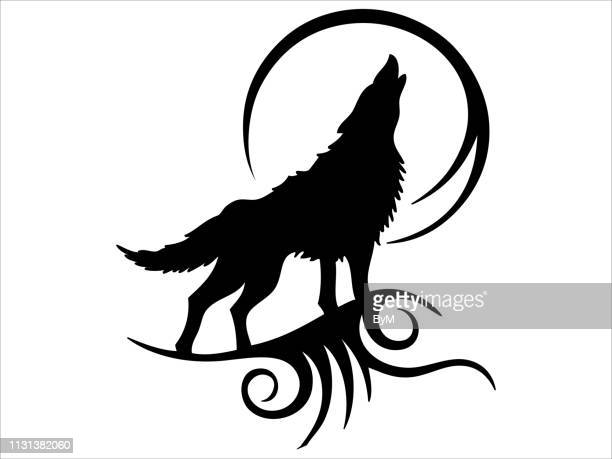 illustrations, cliparts, dessins animés et icônes de tatouage tribal howling wolf design - loup blanc