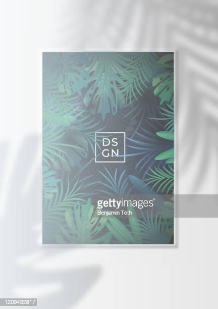illustrations, cliparts, dessins animés et icônes de effet tropical de silhouette de feuille et d'ombre de paume sur l'affiche de forêt tropicale - être à l'ombre