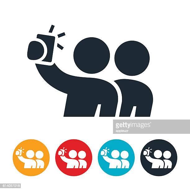 ilustraciones, imágenes clip art, dibujos animados e iconos de stock de two person selfie icon - selfie