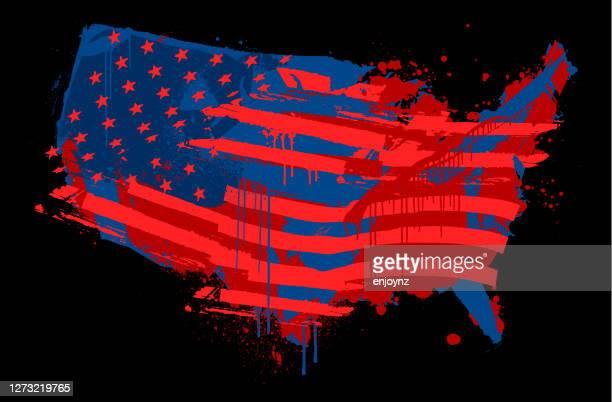 stockillustraties, clipart, cartoons en iconen met verenigde staten verontruste illustratie van de vlagkaart - amerikaanse presidentsverkiezingen