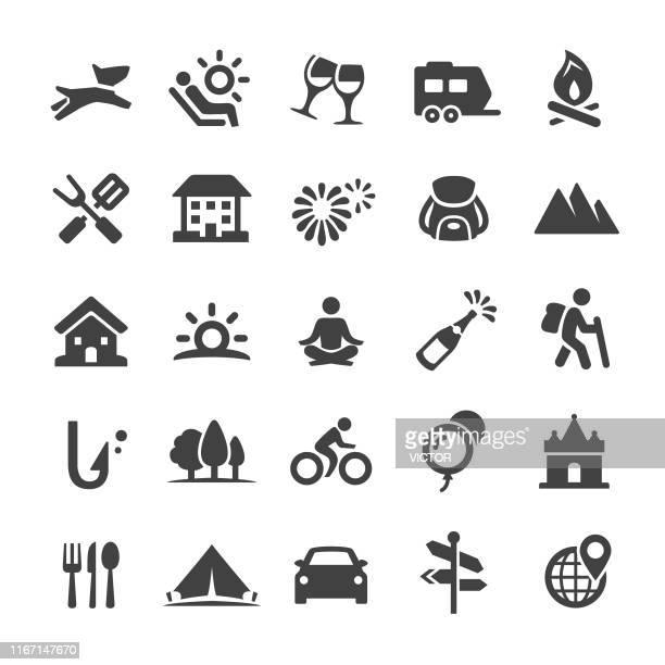 illustrations, cliparts, dessins animés et icônes de icônes de vacances - série intelligente - leisure activity