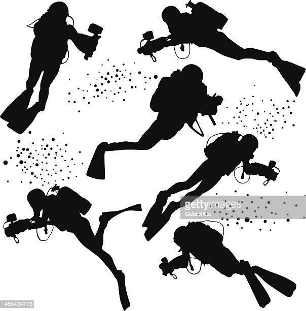 ダイバーズシルエットコレクション - 水に飛び込む点のイラスト素材/クリップアート素材/マンガ素材/アイコン素材