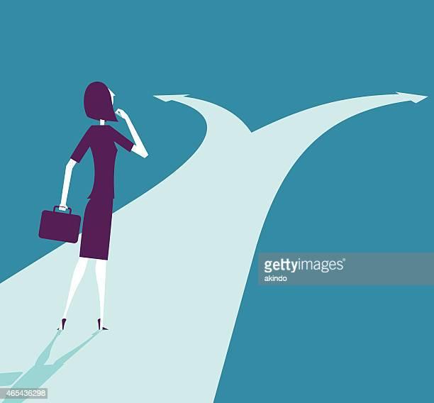 ilustrações, clipart, desenhos animados e ícones de ilustração em vetor de mulher de negócios no crossroads caminho - escolha