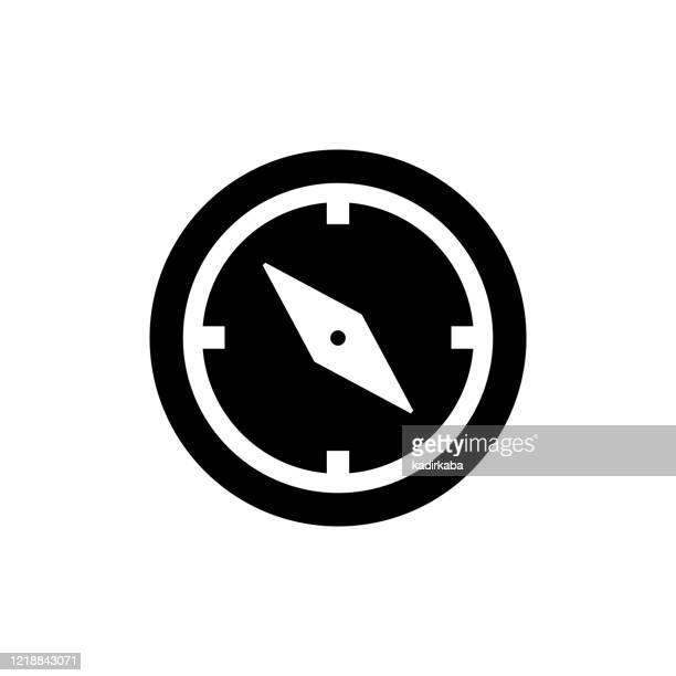 illustrations, cliparts, dessins animés et icônes de image vectorielle d'un signe plat et isolé de boussole d'icône - boussole