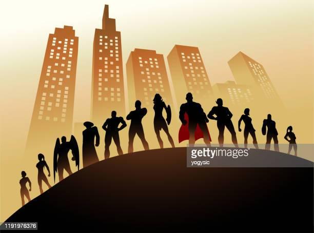 vector superhelden team silhouette mit wolkenkratzerhintergrund - große personengruppe stock-grafiken, -clipart, -cartoons und -symbole