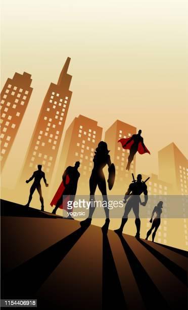 ilustraciones, imágenes clip art, dibujos animados e iconos de stock de vector mujer-led equipo de superhéroes silueta en la ciudad - vista de ángulo bajo