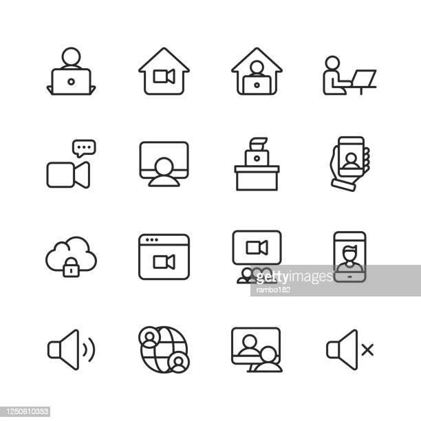 ilustraciones, imágenes clip art, dibujos animados e iconos de stock de iconos de línea de conferencia de vídeo. trazo editable. pixel perfecto. para móviles y web. contiene iconos como cámara, video chat, mensajería en línea, videoconsercador, webinar, trabajo remoto, trabajo en equipo, aprendizaje remoto, freelancer, t - reunión