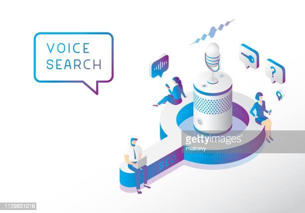ilustraciones, imágenes clip art, dibujos animados e iconos de stock de optimización de búsqueda de voz - en búsqueda
