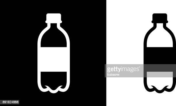 Eine Flasche Wasser.